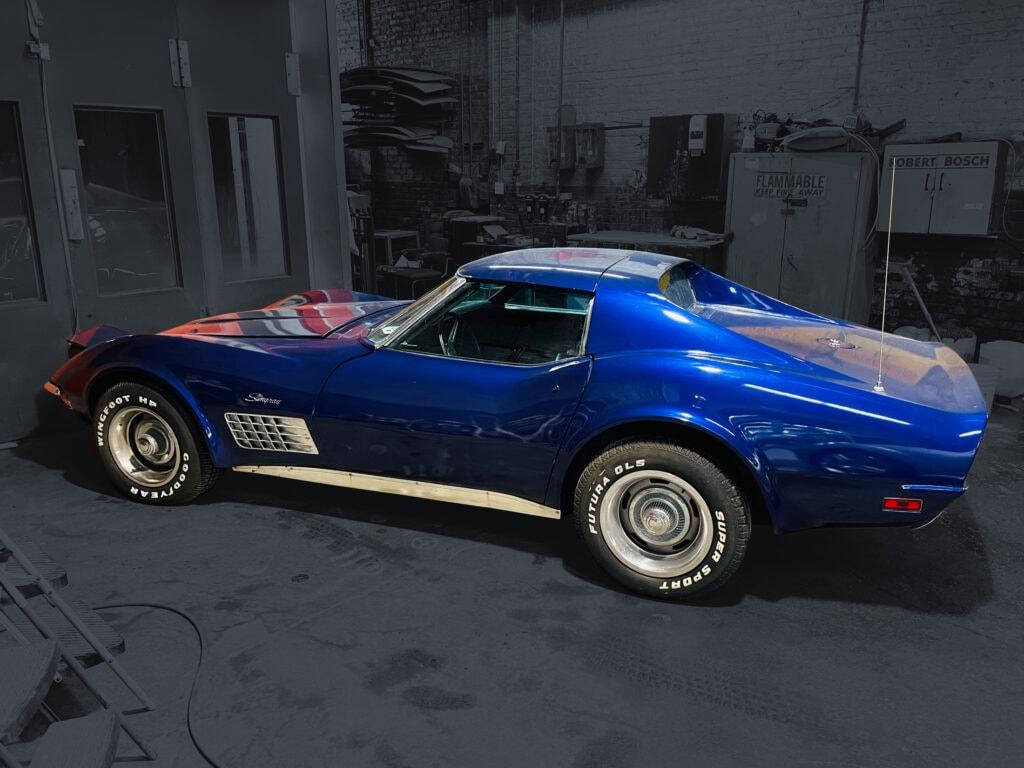 72 Corvette Stingray Coupe
